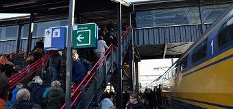 Loopbrug Station Zwolle verwijderd
